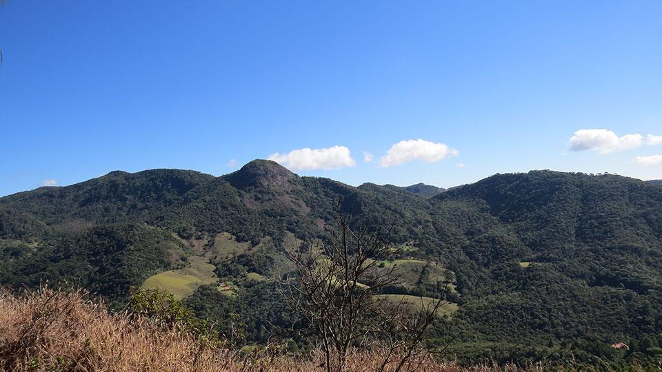 Pedra do Forno no Bairro Terra Fria em Gonçalves MG.